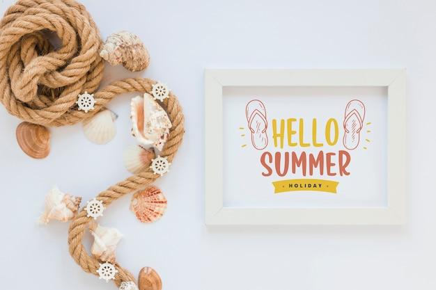 Maquete de quadro plana leigos com elementos de verão Psd grátis