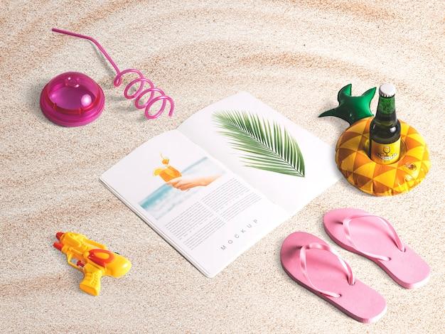 Maquete de revista isométrica editável com elementos de verão Psd grátis