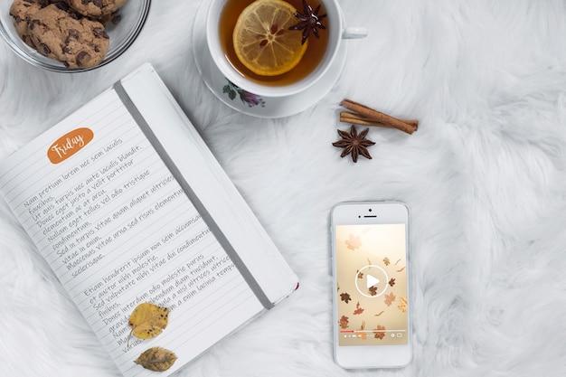 Maquete de smartphone com conceito de natal Psd grátis