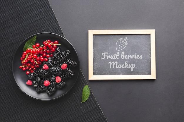 Maquete do conceito de frutas deliciosas Psd grátis