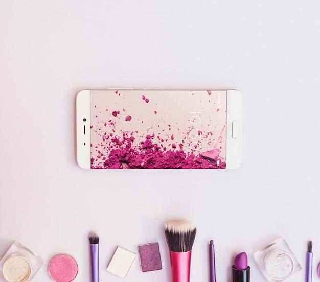 Maquete do smartphone com o conceito de beleza Psd grátis
