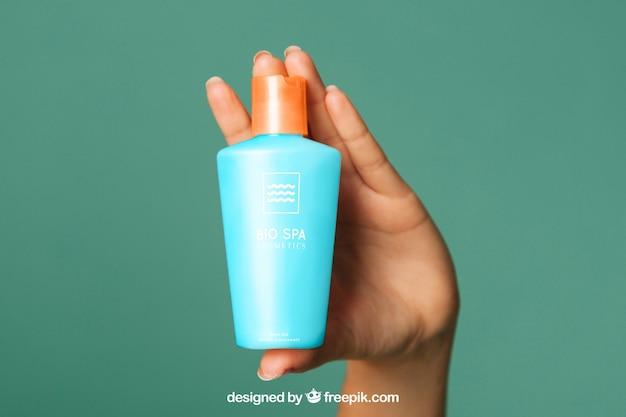 Maquiagem cosmética com mão Psd grátis