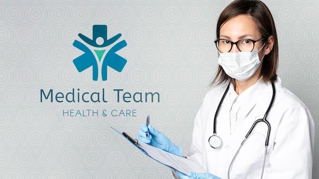 Médica com maquete Psd grátis