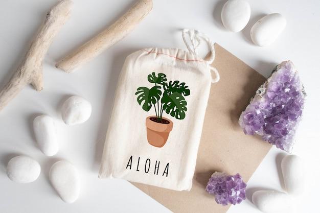 Mock-se de saco de algodão com papel artesanal Psd Premium