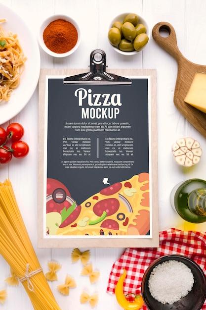 Mock-up com menu de restaurante italiano Psd grátis