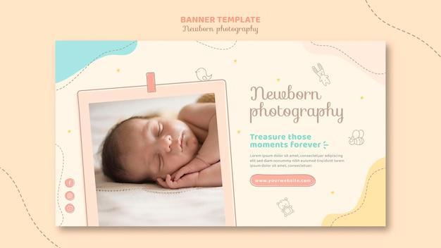 Modelo de banner de bebê sonolento de vista frontal Psd grátis