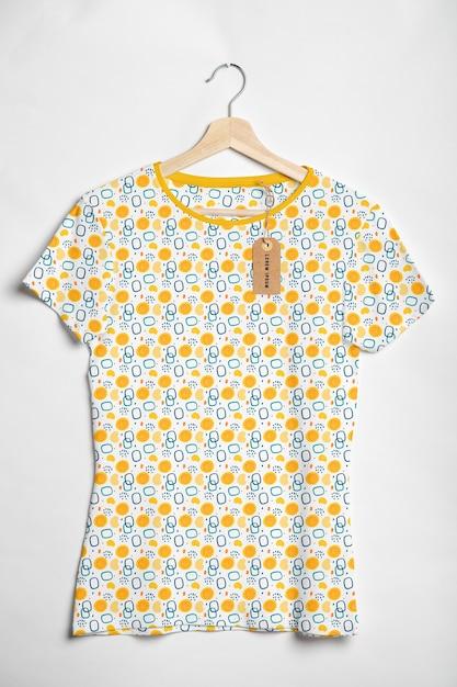 Modelo de camisa colorida linda Psd grátis