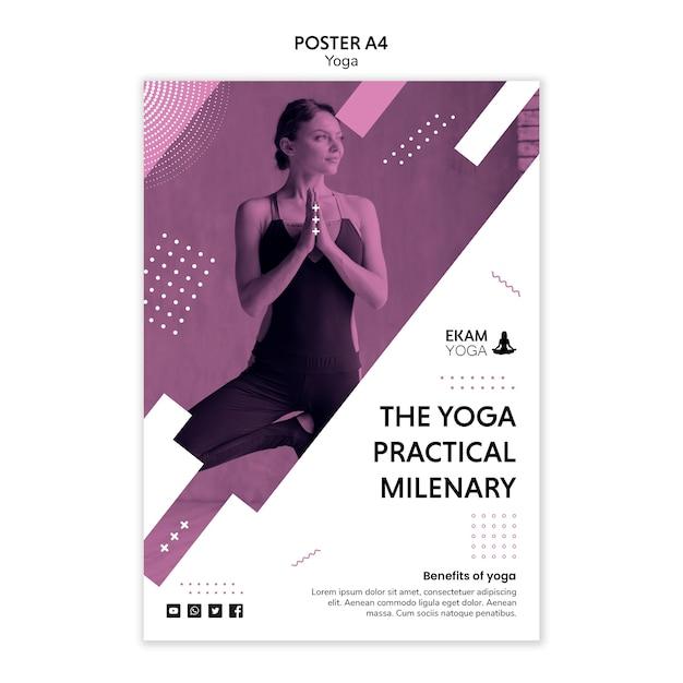 Modelo de cartaz com design de ioga Psd grátis