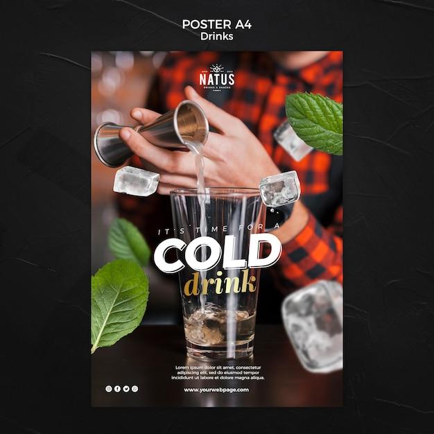 Modelo de cartaz - conceito de bebidas Psd grátis