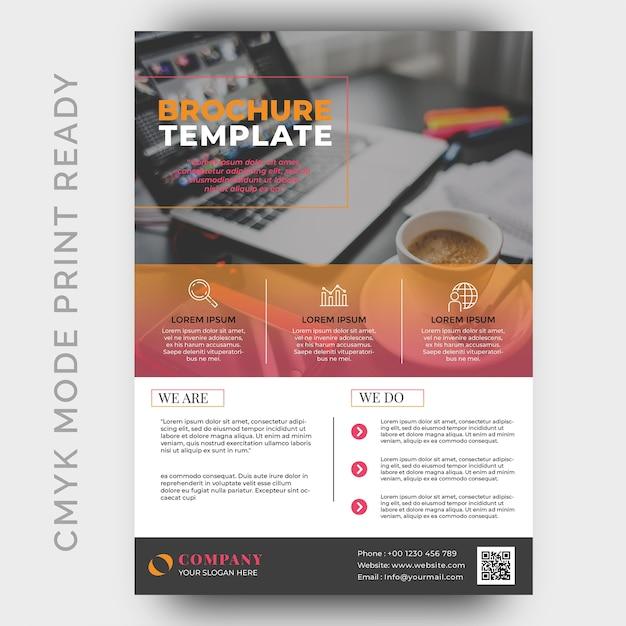 Modelo de design de folheto empresarial moderno Psd Premium