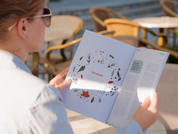 Modelo de design de páginas de revista Psd grátis