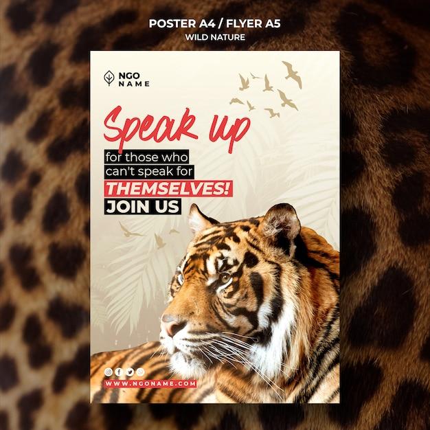 Modelo de folheto - natureza selvagem com imagens de tigre Psd grátis