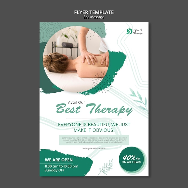 Modelo de folheto vertical para massagem em spa com mulher Psd grátis