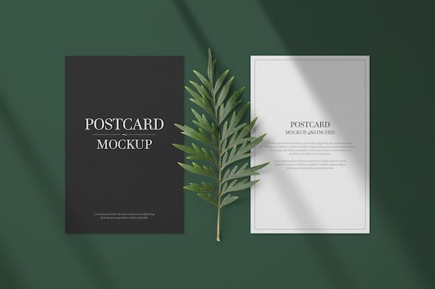 Modelo de maquete de cartão postal e convite Psd Premium