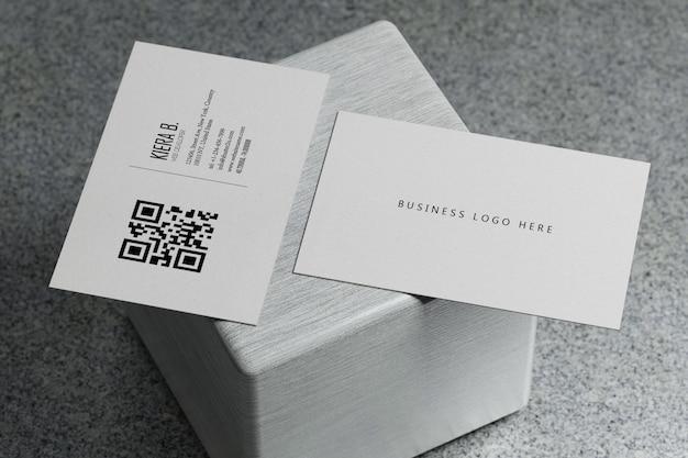 Modelo de maquete de papel cartão horizontal branco com tampa de espaço em branco Psd Premium