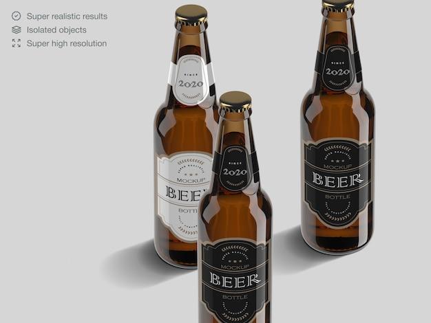 Modelo de maquete de rótulo realista garrafa de cerveja de alto ângulo Psd Premium