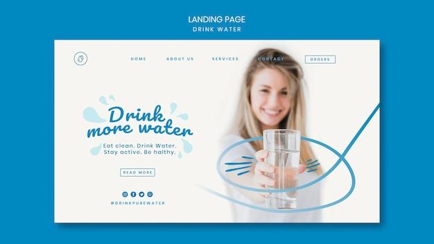 Modelo de página de destino do conceito de beber água Psd Premium