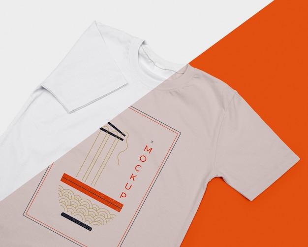 Modelo plano da maquete do conceito de camiseta Psd grátis