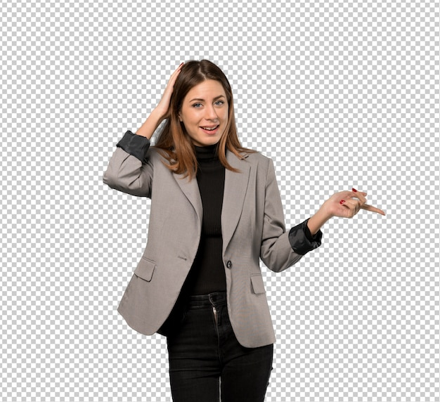 Mulher de negócios surpreso e apontando o dedo para o lado Psd Premium