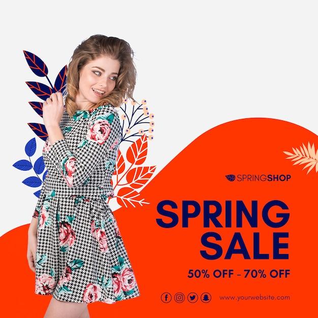 Mulher de vestido primavera venda quadrado flyer Psd grátis