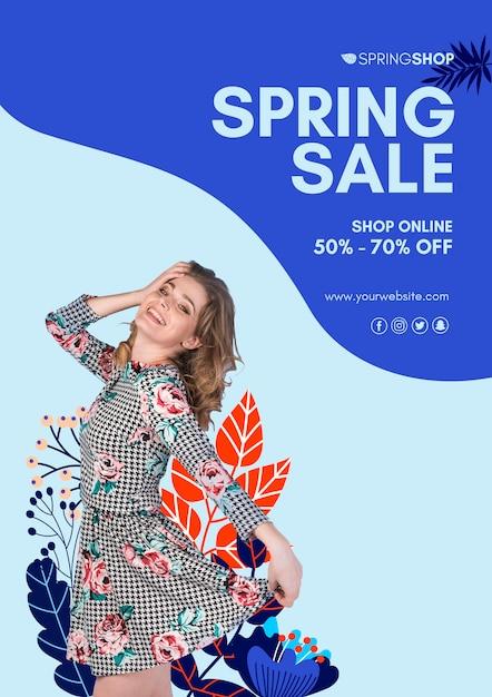 Mulher em cartaz de venda de primavera de vestido Psd grátis