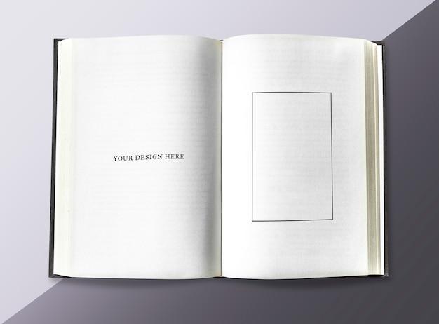 Página em um caderno Psd Premium