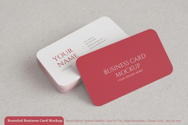 Pilha de maquete de cartão de visita arredondado moderno de 90x50 mm com papel texturizado Psd Premium
