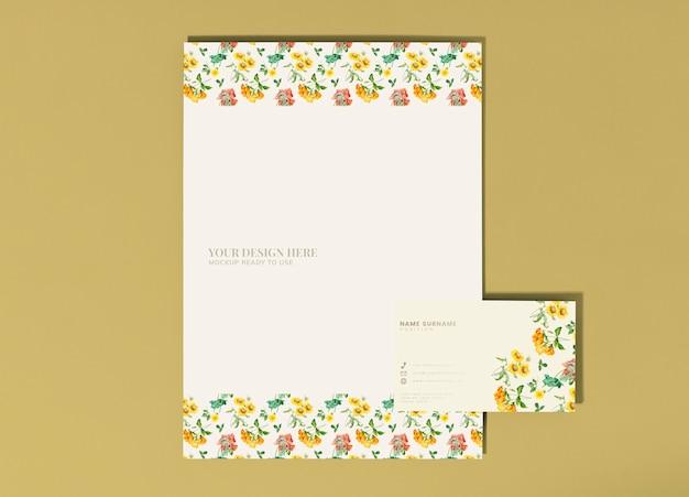 Poster floral e cartão de visita Psd grátis