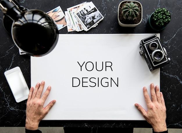Processo de mão work desk draw Psd grátis