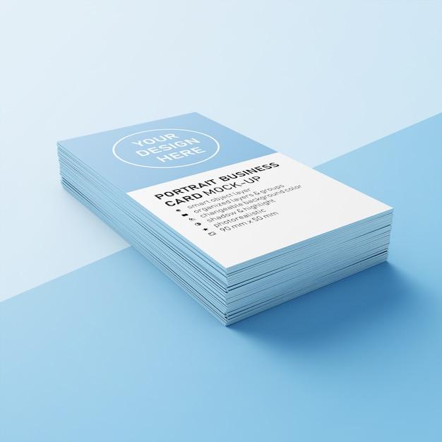 Pronto para uso pilha de cartões telefônicos verticais de 90 x 50 mm com cantos precisos mock ups modelos de design em vista em perspectiva inferior Psd Premium