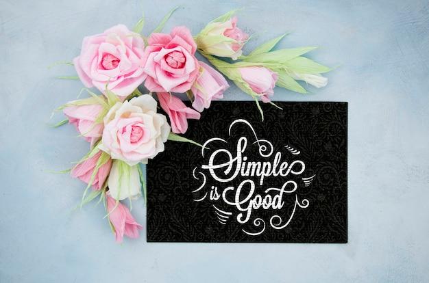 Quadro floral ornamental com citações inspiradoras Psd grátis