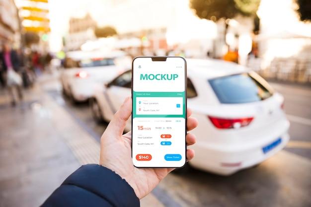 Smartphone com aplicativo de rastreamento Psd Premium