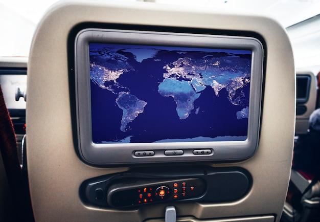 Tela visual de entretenimento em um avião Psd grátis