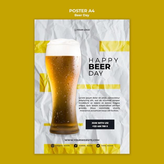Tema do cartaz do dia da cerveja Psd grátis