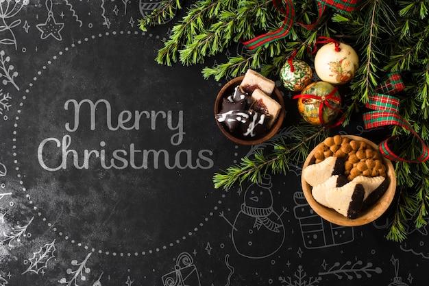 Tigelas com petiscos e decorações para o natal Psd grátis