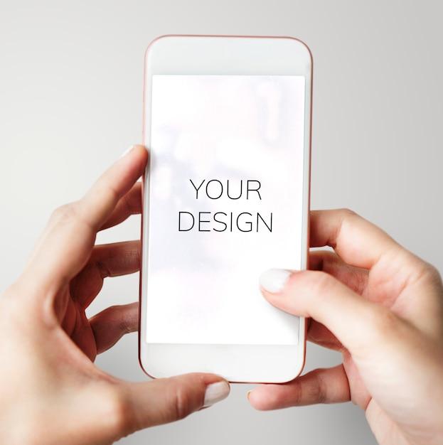 Usando smartphone Psd grátis