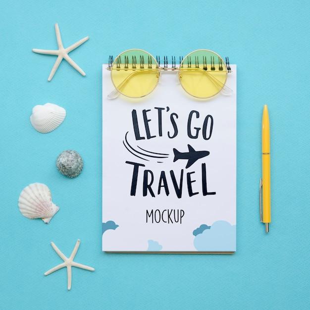 Vamos viajar maquete com conchas do mar Psd grátis