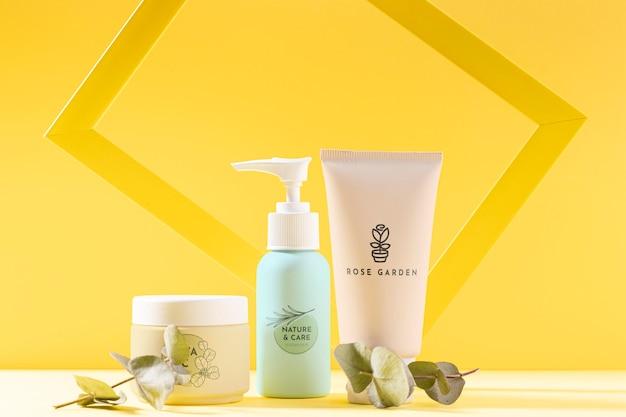 Variedade de produtos cosméticos Psd grátis