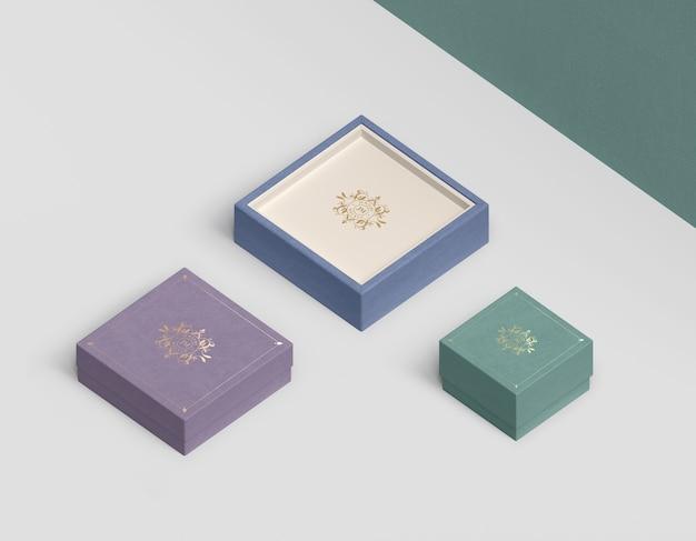 Variedade de tamanhos e cores para caixas de joias Psd grátis