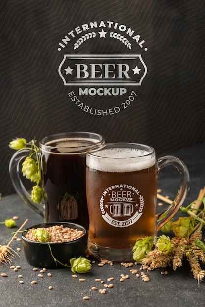 Vista frontal de cevada com cerveja Psd grátis