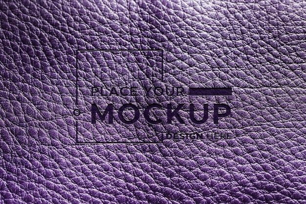 Vista superior do material de couro roxo Psd grátis