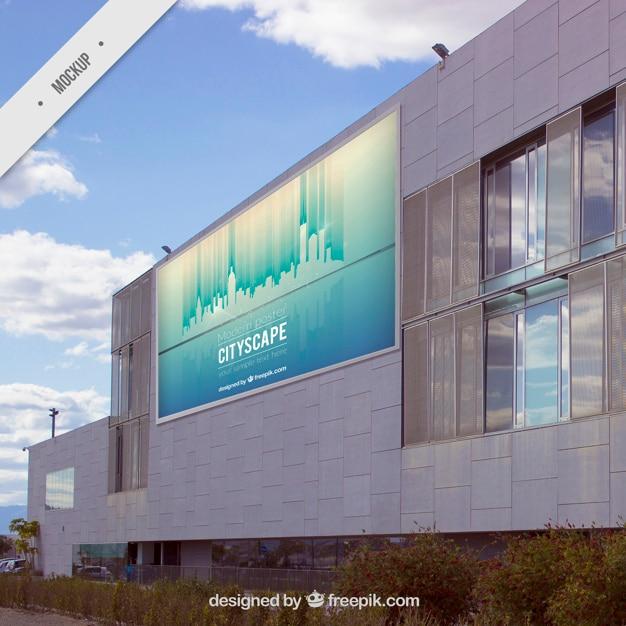 Panneau daffichage extérieur sur un bâtiment moderne