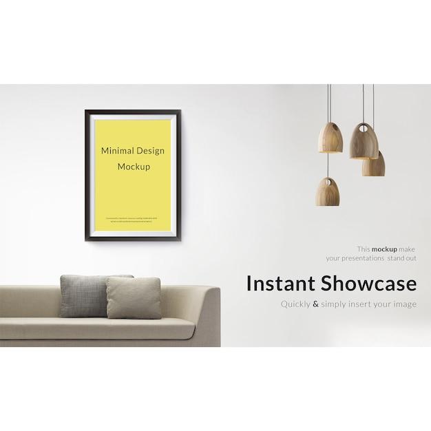 Bild auf weiße Wand mit Sofa und Lampen mock up Kostenlose PSD