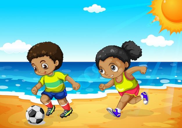 Africain garçon et fille jouant au football Vecteur gratuit