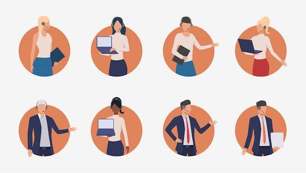 Agents commerciaux consultant les clients par téléphone Vecteur gratuit