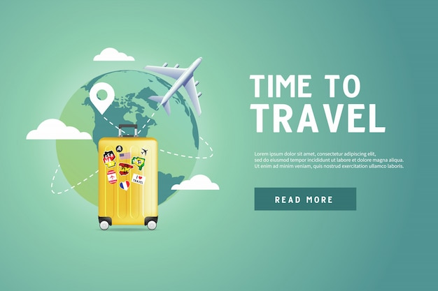 Avion volant autour du monde avec un bagage jaune. Vecteur Premium