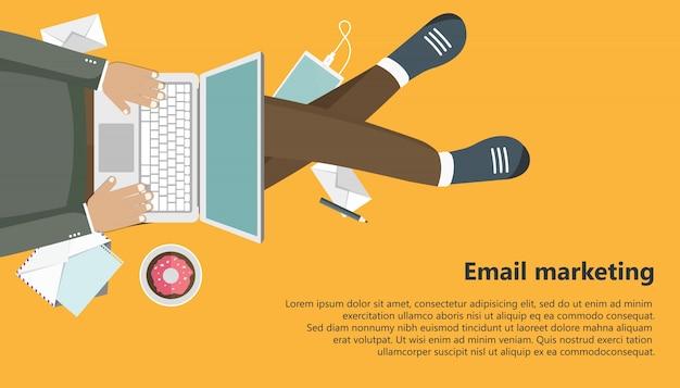 Bannière D'affaires De Marketing Par Courriel Vecteur gratuit