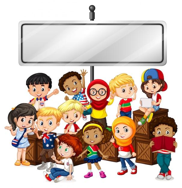 Bannière avec des enfants heureux et des boîtes en bois Vecteur gratuit