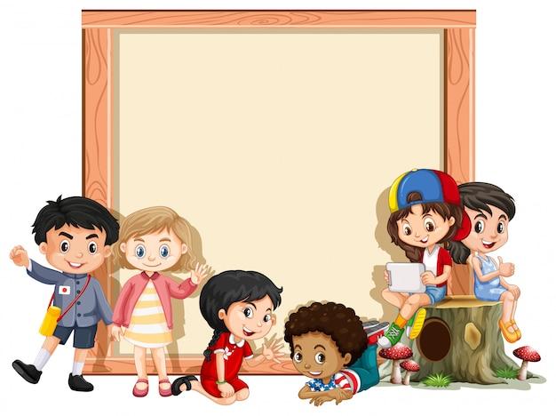 Bannière avec des enfants heureux Vecteur gratuit