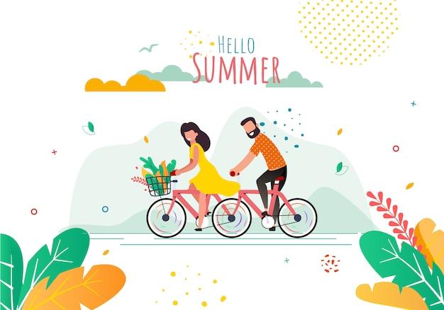 Bannière plate de voeux avec les cyclistes de dessin animé. bonjour été lettrage Vecteur Premium